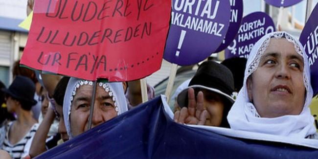 Il mortale programma di Erdoğan a favore della vita: reclutare i nascituri turchi nella guerra contro i kurdi