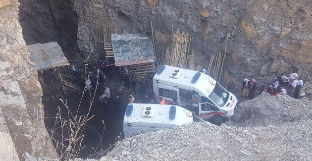 In una miniera a Sirnak, Turchia, minatori avvelenati da gas metano nella Giornata Mondiale dei Minatori