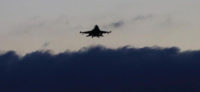 Di nuovo attacchi aerei su Afrin