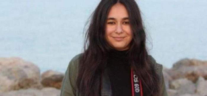 Studentessa di giornalismo incarcerata per offesa al presidente